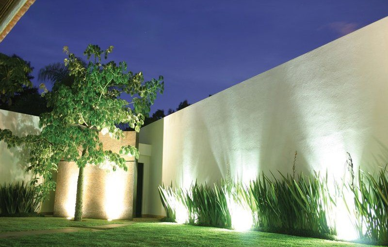 Reflector led 10w luz blanca irt luces for Luces para jardin exterior